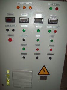 Шафи управління для бурових станцій