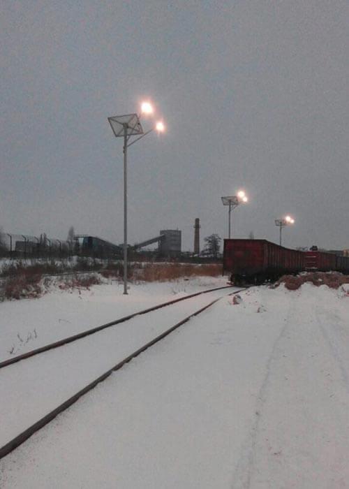 Освещение склада сырья зимой